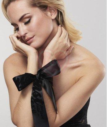 Наручники-лента Bijoux Indiscrets Silky Sensual Handcuffs черные